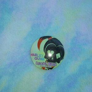 (🌟3/10-5/15-7/20) Suicide Squad Promo Pin